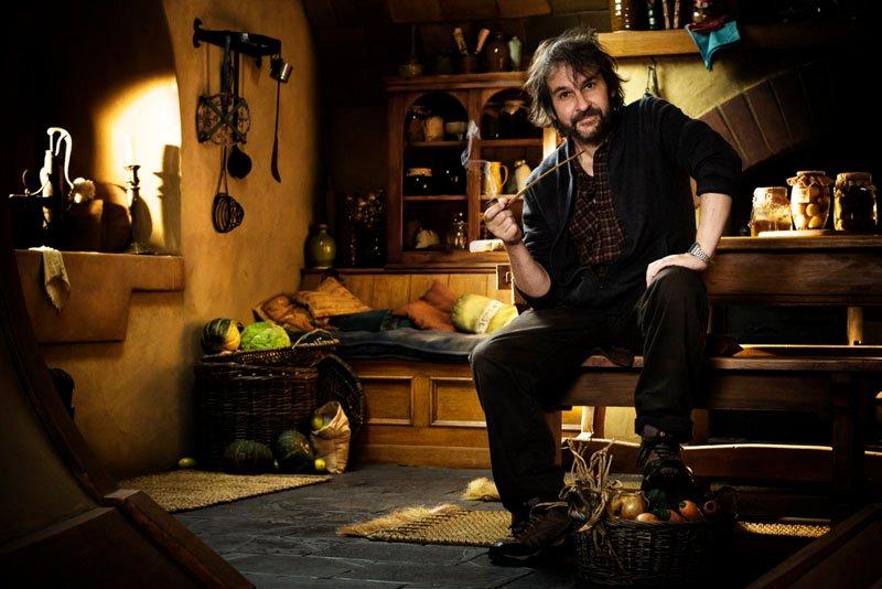 http://salondelmal.files.wordpress.com/2011/03/peter-jackson-el-hobbit1.jpg?w=800