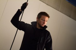 THE AVENGERS - JEREMY RENNER - CLINT BARTON 2