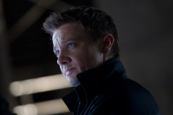 THE AVENGERS - JEREMY RENNER - CLINT BARTON