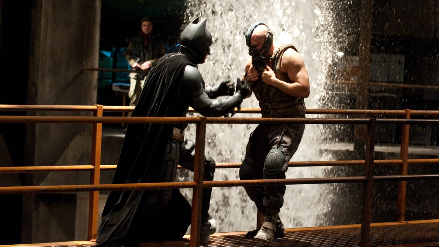 The Dark Knight Rises     Batman vs Bane  2 The Dark Knight Rises Batman Vs Bane