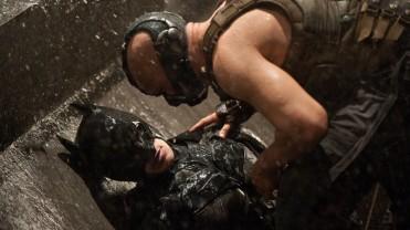 The Dark Knight Rises - Batman vs Bane (33)