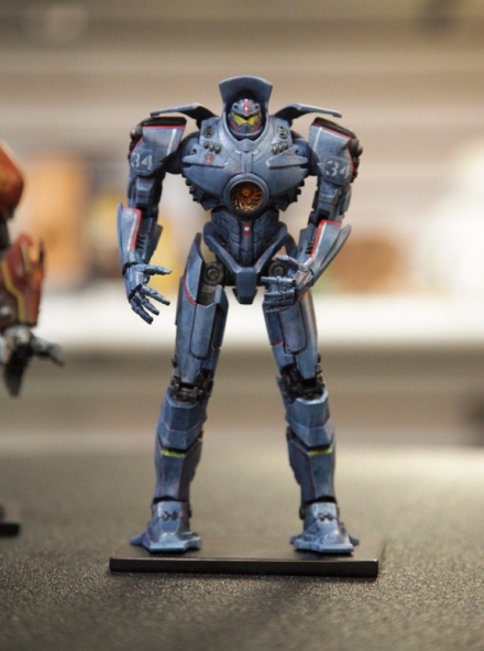 PACIFIC RIM 2 GIPSY DANGER