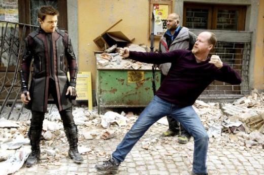 Avengers-Age-of-Ultron-Hawkeye-550x365
