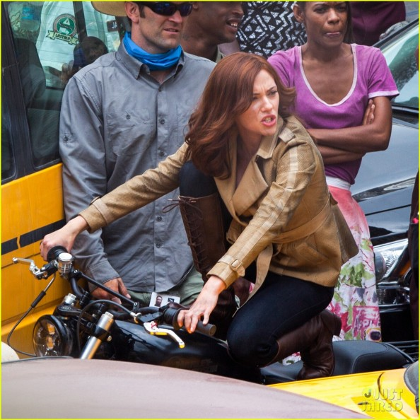 scarlett-johansson-captain-america-civil-war-set-pictures-17